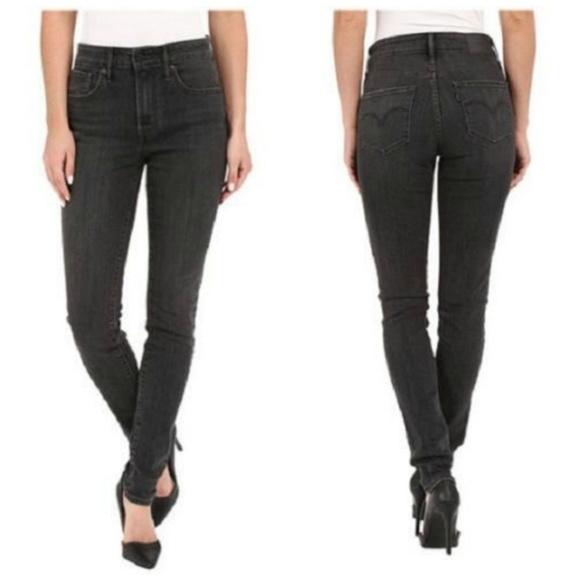 639a591b Levi's Jeans | Levi Womens 712 Slim Fit Size W25 X L32 | Poshmark
